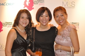 With my beautiful friends, Jing Siew and Gail, who between them have 7 kids!