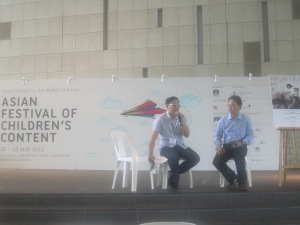 Tan Chin Kar, Publisher of Write Editions (right) launching Healthy Kids Happy Kids with his author Lyndon Yeo