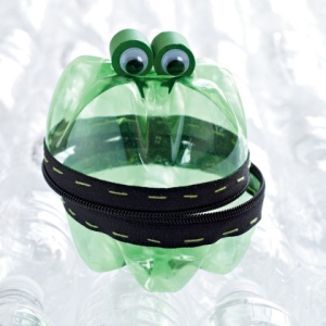 treasure-keeper-frog-craft-photo-420-FF0410CRAFTA43