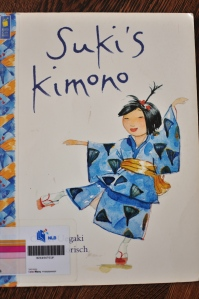 Picture Book on Kimonos and Individuality