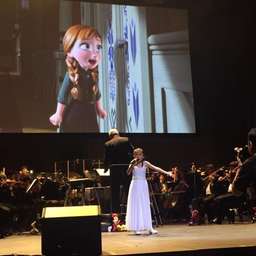 9-year old Sasha shines as Princess Anna of Disney's Frozen